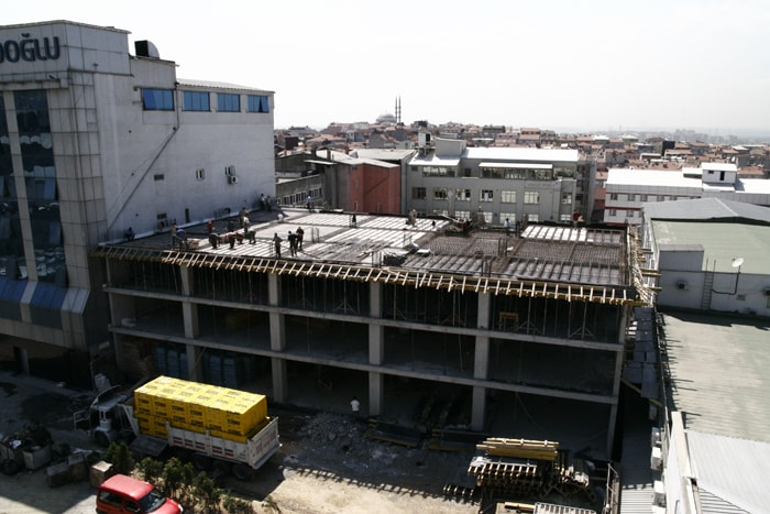 Contractor for the Turnkey Construction Of Printcenter Business Centre